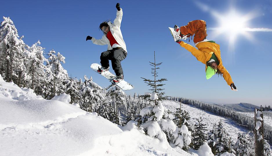 snowboard ewolucje na śniegu